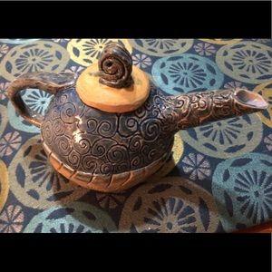 🦋New Listing🦋Handmade Ceramic Tea Pot with Lid